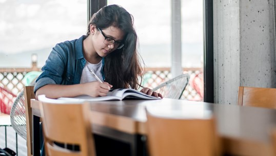 SAT Reading Strategies: 5 Tips on How to Improve Your SAT Reading Score