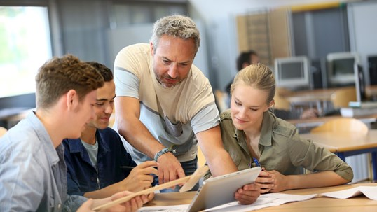 How to Engage High School Students in Active Learning